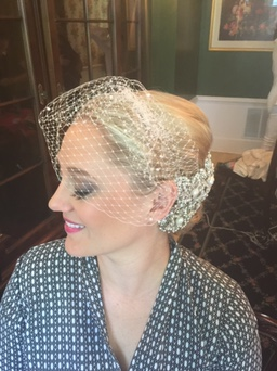 This veil is the perfect touch for a vintage glam vibe!