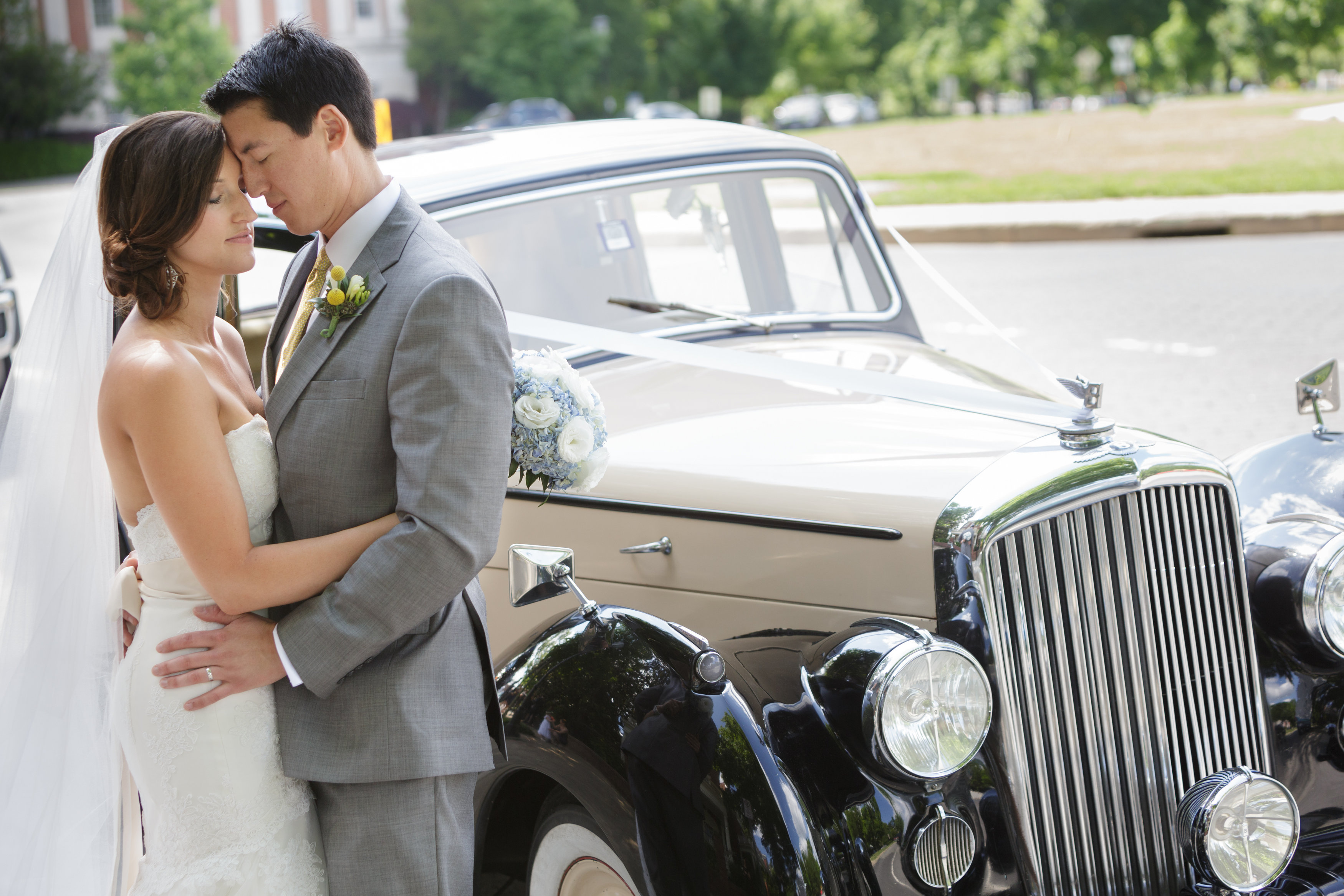 Congratulations to Ryan & Jessica! Loving the vintage Bentley!