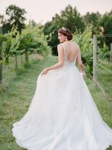 new-years-eve-wedding-inspiration-with-food-and-wine-00007
