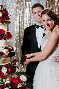 new-years-eve-wedding-inspiration-with-food-and-wine-00015