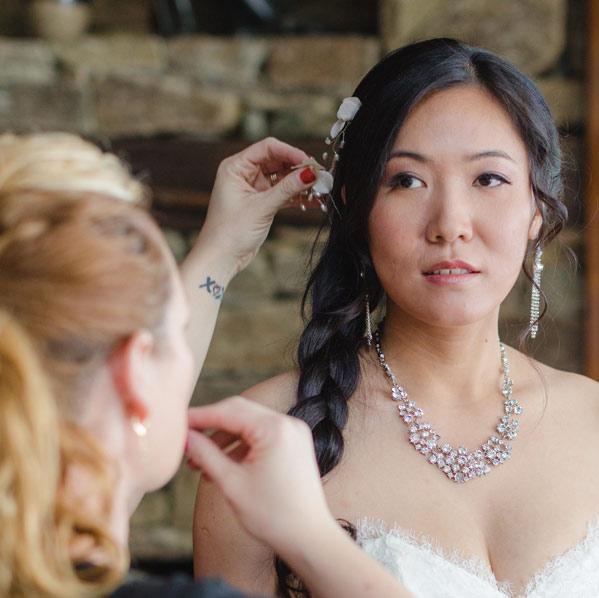 BASIC BRIDAL HAIRSTYLING